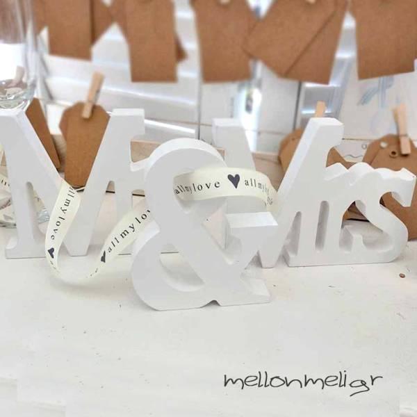 """Διακοσμητικό """"Mr & Mrs"""" για Τραπέζι Ευχών"""